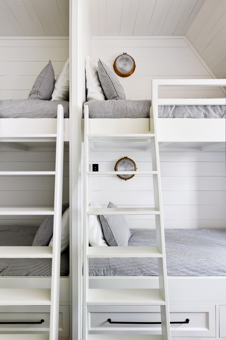 Bunks_Vignette_ShotB